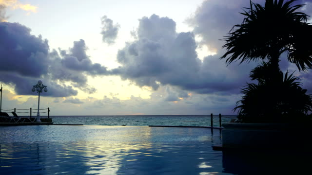 time-lapse:brilliant ocean beach sunrise. dramatic sky. sunrise shot.mexico - mayan riviera stock videos & royalty-free footage