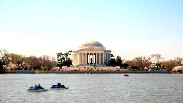 vidéos et rushes de hd time-lapse :  jefferson memorial, à washington, d.c. - jefferson memorial