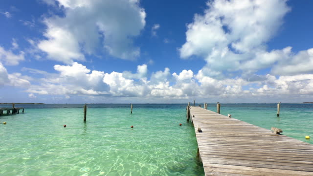time-lapse:perfect tropical beach in isla mujeres - lagoon stock videos & royalty-free footage