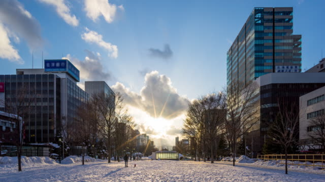 timelapse:sapporo main street at sunset - campo totale video stock e b–roll