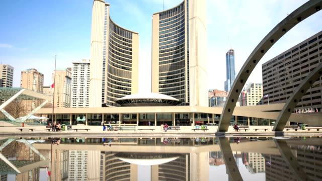 HD Time-lapse:Toronto City Hall