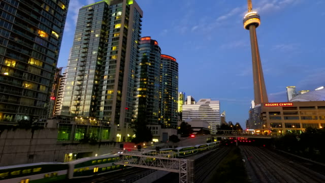 time-lapse:toronto downtown skyscraper skyline sunset - toronto stock videos & royalty-free footage