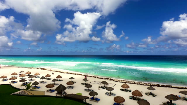 time-lapse:vacation tropical beach resort hotel with aqua water, blue sky - mayan riviera stock videos and b-roll footage