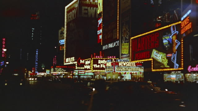 1958 ws times square at night, new york, new york state, usa - anno 1958 video stock e b–roll