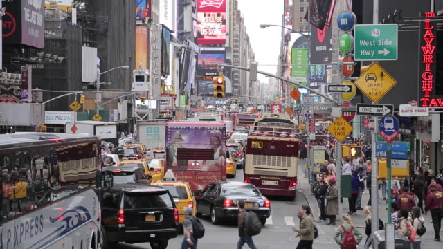 stockvideo's en b-roll-footage met times square from open top bus, manhattan, new york city, new york, usa, north america - dubbeldekker bus
