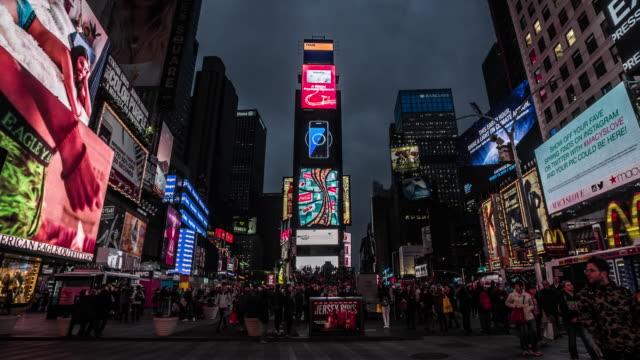 タイムズスクエアニューヨーク市で - マンハッタン タイムズスクエア点の映像素材/bロール