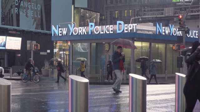 times square new york city, morning, new york police - police station stock videos & royalty-free footage