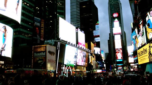 vídeos y material grabado en eventos de stock de times square new york city - empire state building