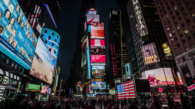 times square new york city - plakatwand stock-videos und b-roll-filmmaterial