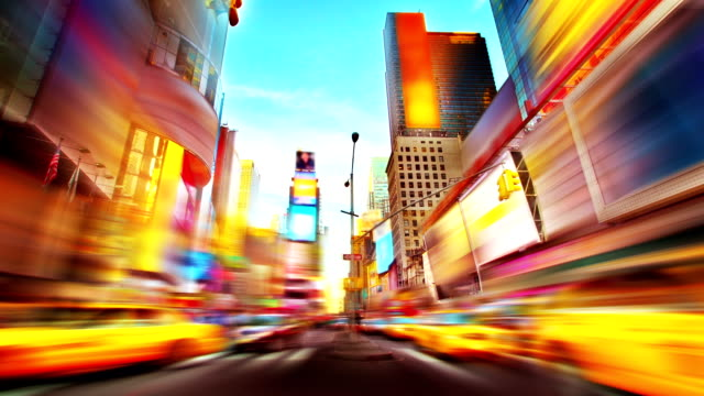 times square di new york. - yellow taxi video stock e b–roll
