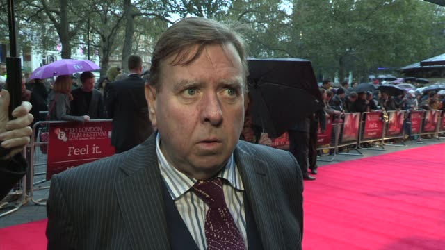 stockvideo's en b-roll-footage met timothy spall on the 60s young actors and being an old fart at the ginger rosa premiere bfi 56th london film festival 2012 at odeon west end on... - timothy west