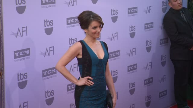 vídeos de stock, filmes e b-roll de tina fey at the american film institute's 43rd life achievement award gala tribute to steve martin at dolby theatre on june 04 2015 in hollywood... - american film institute
