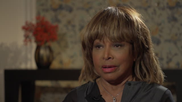 Tina Turner on auditioning with Phil Spector saying 'I can sing anything ifyou give me the melody'