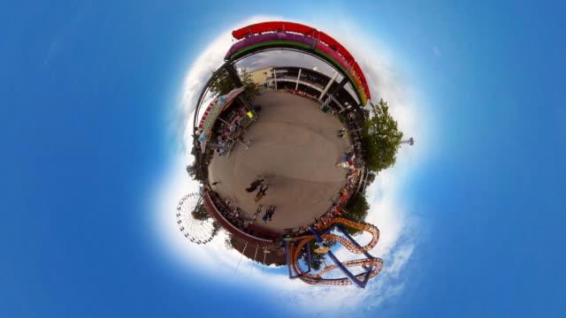 tiny planet amusement park linnanmäki in helsinki  - 360° time lapse - big wheel stock videos & royalty-free footage