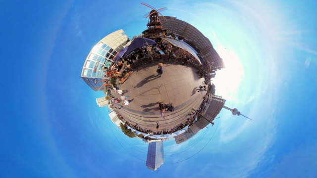 Tiny Planet Berlin Alexanderplatz - 360° Time lapse