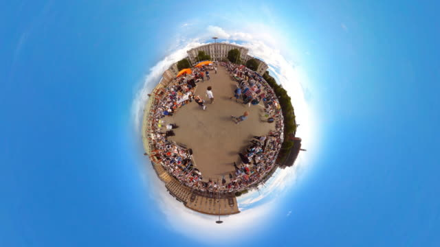 tiny planet flea market helsinki - 360° time lapse - panoramic stock videos & royalty-free footage