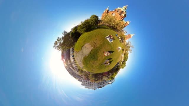 Tiny Planet Helsinki - Uspenski Cathedral - 360° Time lapse