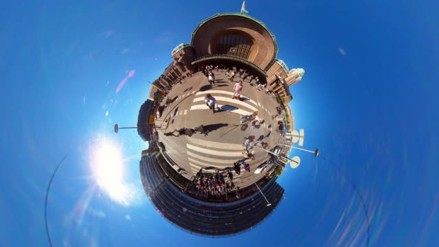 Tiny Planet Railway Station Helsinki- 360° Time lapse