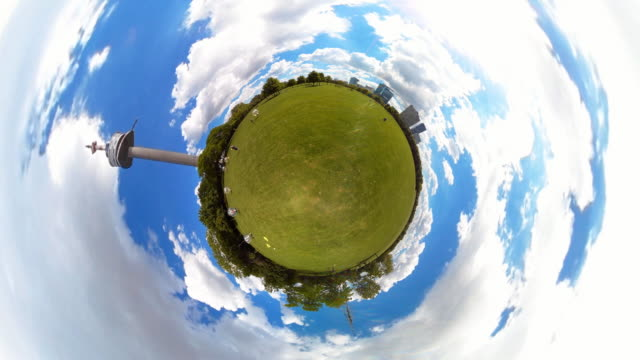 Tiny Planet TV Tower Vienna - 360° Time lapse