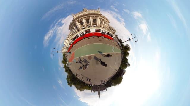 stockvideo's en b-roll-footage met tiny planet vienna burgtheater - 360° time lapse - oostenrijkse cultuur