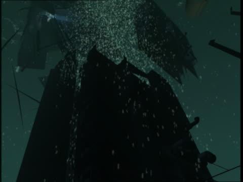 vidéos et rushes de rms titanic breaks up as it sinks into the atlantic ocean. - titanic