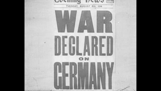 vídeos de stock, filmes e b-roll de an epitome of the great war from its declaration the signing of the peace treaty / cu evening news of 8/4/1914 newspaper headline war declared on... - primeira página de jornal