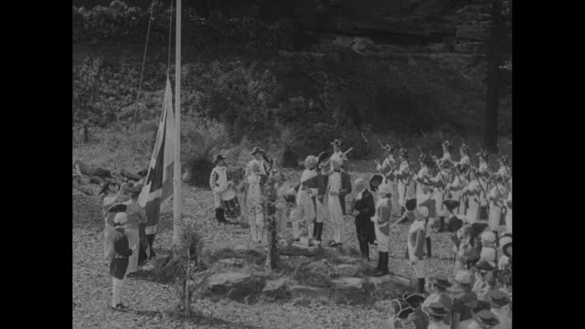 vidéos et rushes de australia nation celebrates 150th anniversary / view of sydney harbor with a replica of ship supply / union jack flag raising with men in 18th... - char de défilé