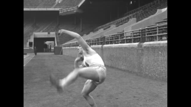 """""""barney berlinger out to set new olympic records - america's outstanding entry for all-around track and field honors trains at philadelphia"""" /... - shot put stock videos & royalty-free footage"""