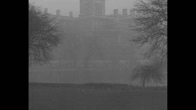 europe looks toward border of belgium / title london superimposed over fog in front of british foreign and commonwealth office / british prime... - botschafter stock-videos und b-roll-filmmaterial