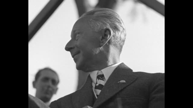 vídeos de stock, filmes e b-roll de excrown prince of germany sees horse show in rome former kaiser's eldest son attends as ordinary spectator while king of italy looks on from the... - benito mussolini