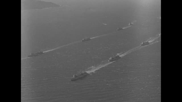 'Fleet Files into Frisco San Francisco Golden Gate city doorway to the Pacific visited by U S meno'war Ready for winter maneuvers 87 ships parade up...