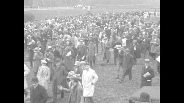 french horses vie in big race auteuil france excited throng sees picked entries run in prix congress / horses parade to track / huge crowd of... - 1920 1929 stock videos & royalty-free footage