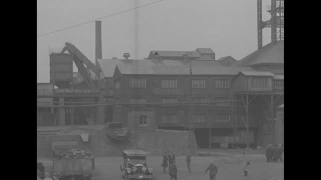 """""""king aids stricken town, mons, belgium - leopold iii rushes to scene of coal mine blast which killed 57! second explosion felled 14 in rescue party""""... - belgio video stock e b–roll"""