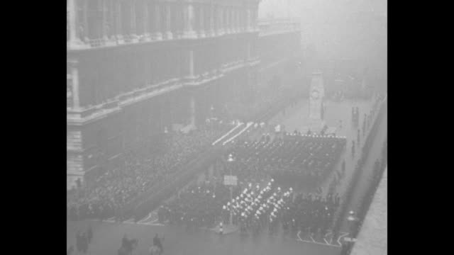 king george v leads empire in armistice day services royalty and high gov't officials gather at cenotaph in tribute to war slain / ws british... - remembrance sunday stock videos & royalty-free footage