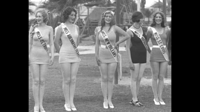 """name belle of 17 as beauty queen-galveston-miss new orleans triumphs over world's fairest in international pulchritude contest"" / pan beauty... - spielkandidat stock-videos und b-roll-filmmaterial"
