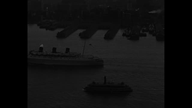 news flashes / ss queen of bermuda steams through water as ss monarch of bermuda follows behind / queen of bermuda moves through water / queen of... - steam liner stock videos & royalty-free footage