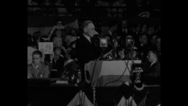 pres hoover goes before the country on a plank proposing resubmission of the 18th amendment delegates adopted platform as read by chairman garfield /... - republikanischer parteitag stock-videos und b-roll-filmmaterial