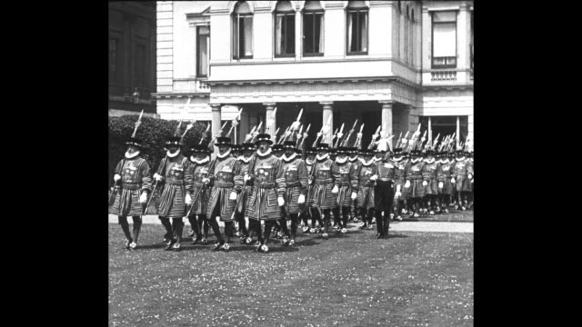 """""""st. james palace - the yeomen of the guard, the stately and soldierly king's bodyguard inspected by that 'grand old soldier' the 82 year-old duke of... - bodyguard stock videos & royalty-free footage"""