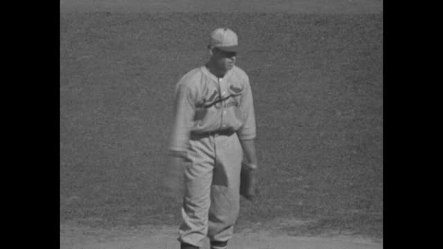 """tigers and cards fight to finish!"" / 1934 world series detroit tigers against st. louis cardinals / crowd-filled stands / detroit pitcher eldin... - baseball pitcher stock videos & royalty-free footage"