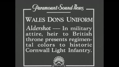 "vidéos et rushes de ""wales dons uniform - aldershot - in military attire, heir to british throne presents new regimental colors to historic cornwall light infantry"" / vo... - infanterie"