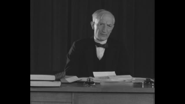 'War Debts Whose London Europe seeks solution of debt muddle Sir William Beveridge British economist sees U S as vital factor' / SOT British...
