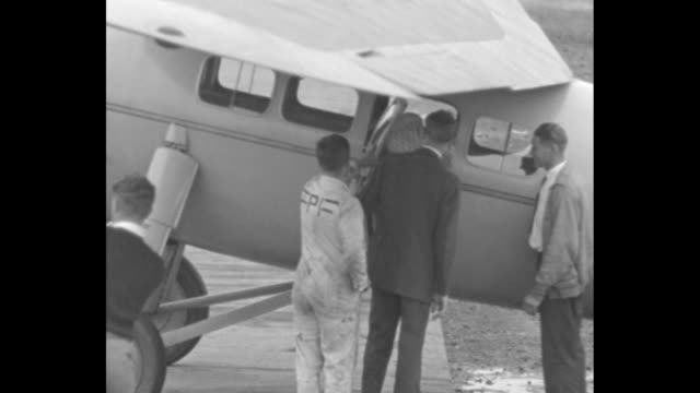 we1929 blazes new air trail roosevelt field lindy and anne take off on 9000 mile tour of caribbean / aviator charles lindbergh and wife anne morrow... - charles lindbergh stock videos & royalty-free footage