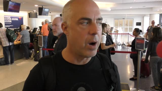 stockvideo's en b-roll-footage met titus welliver departing at lax airport in los angeles in celebrity sightings in los angeles - titus welliver