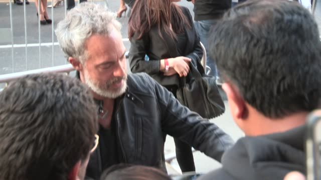 stockvideo's en b-roll-footage met titus welliver greets fans at the captain america the winter soldier premiere on march 13 2014 in los angeles california - titus welliver