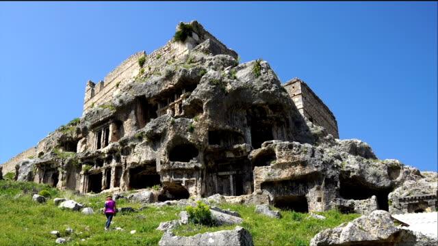 vídeos y material grabado en eventos de stock de tlos antigua ciudad de fethiye / turquía. - talla