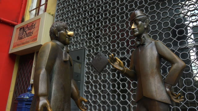 Tün nes und Schäl Monument, Alter Markt, Cologne, North Rhine Westphalia, Germany