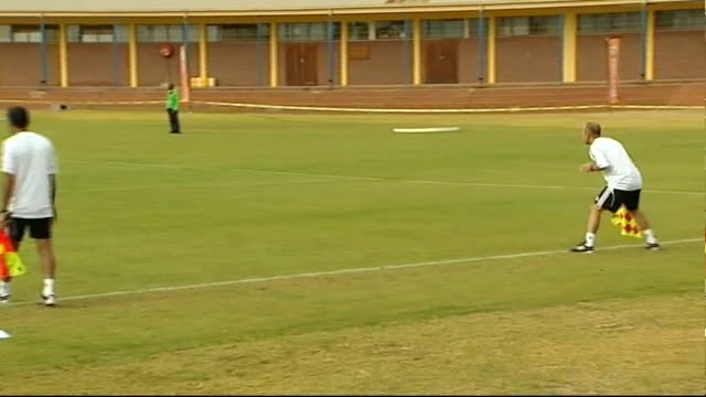 to re-think goal line technology; pretoria: ext world cup linesman running along line and others standing in line holding flags group of world cup... - fifa bildbanksvideor och videomaterial från bakom kulisserna