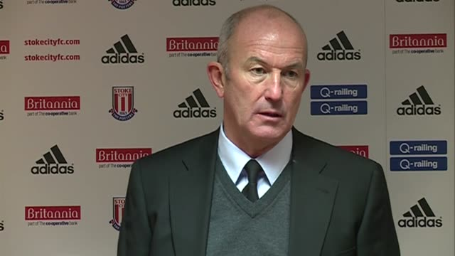 to stoke's 2-1 win over spurs. tony pulis refuses to be drawn on refereeing decisions but praises his side for their battling 2-1 victory at... - ハリー レッドナップ点の映像素材/bロール