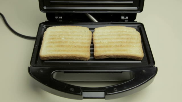 toast - toaster appliance stock videos & royalty-free footage