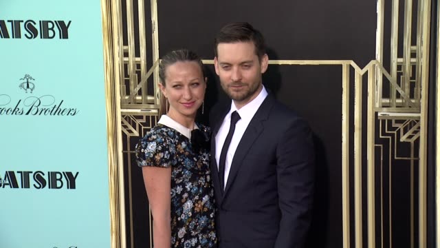 tobey maguire at the great gatsby world premiere at avery fisher hall at lincoln center for the performing arts on may 01 2013 in new york new york - tobey maguire stock-videos und b-roll-filmmaterial